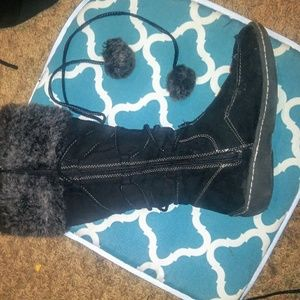 """.American Eagle Lace up """"Mallory""""Pom Pom Boots"""